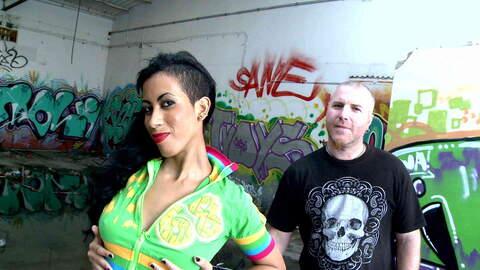 Entrevista sexy con Afra Red  photo 1