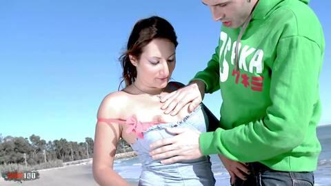 Charlotte pone  a prueba a Kevin photo 1