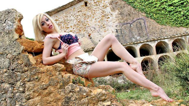 Chessie Kay Photo 2