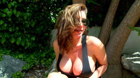 Entrevista sexy con Clanddi Jinkcego  ...photo 3