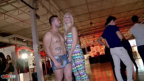 Sexo en publico y squirt impresionante...photo 2