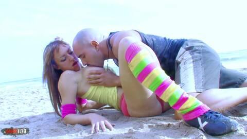 Fitness en la playa photo 3