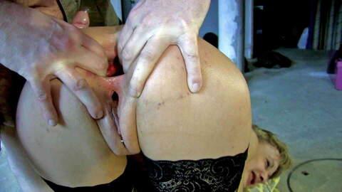 Pasta y sexo para sobornar una inspect...photo 3