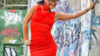 Jenny Up Destroy enseñando su cuerpo  ...photo 1