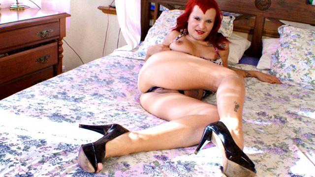 Jenny up Destroy Photo 4
