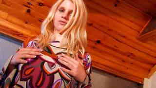 Lillian Love Pantyhosephoto 1