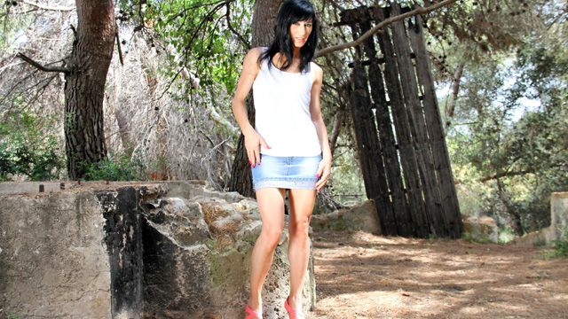 Linda India Photo 1