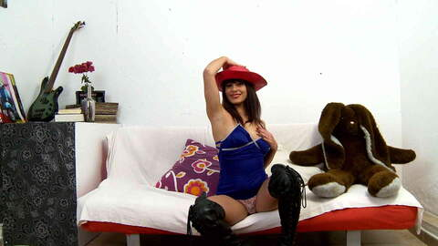 Lucia Nieto webcam  photo 1