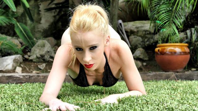 Monica Neni Photo 4