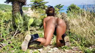 Naomi Lionness desnudandose   photo 4