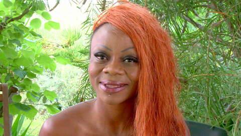 Entrevista sexy con Naomi Lionness  photo 3