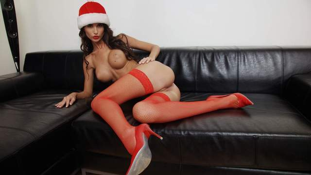 Nessa Devil Photo 2