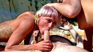 Porn video :   Stella Johanssen Nicky Wayne Terry Beach photo 05