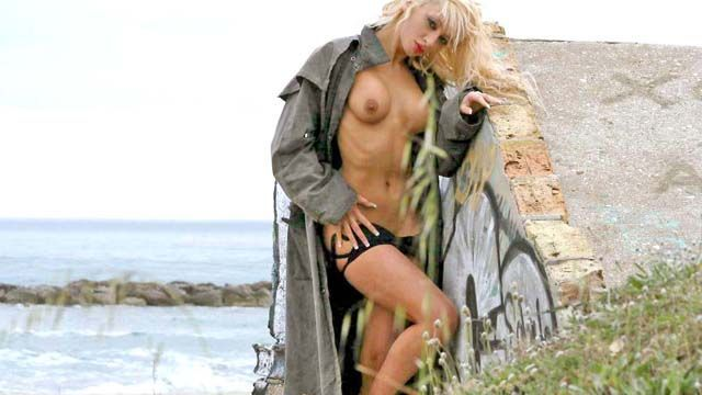 Angelina Photo 2