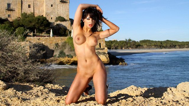 Angelina Photo 5