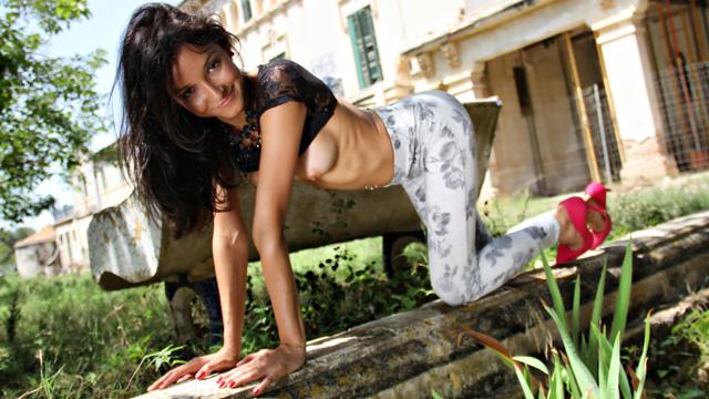 Francys Belle Photo 3