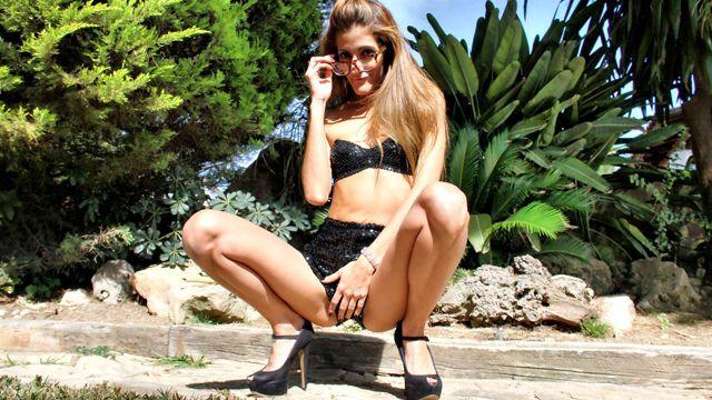 Gabriela Flores Photo 4