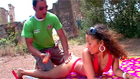 Karla follando con Jorge en el bosque ...photo 1