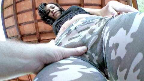 Jovencita Latina en leggings follada...photo 1